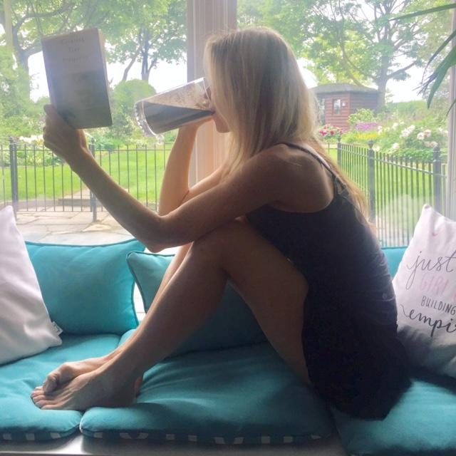 Kim MacGregor healthy eating nourishing foods Arbonne shake