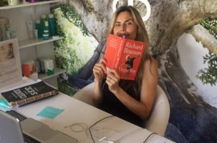 Kim MacGregor reading Reichard Branson The Virgin Way